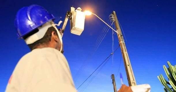 Resultado de imagem para fotos de iluminação pública